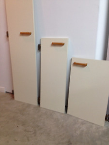 31 cupboards doors