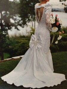 Gorgeous Mermaid Wedding Gown, Sz 6
