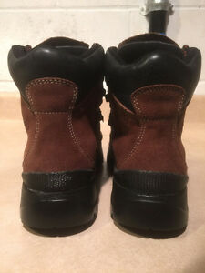 Women's Cougar Winter Boots Size 8 London Ontario image 3