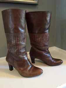 Ladies Leather Shoes & Boots