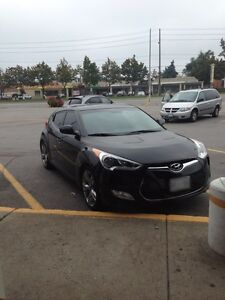 Hyundai Veloster tech fully loaded +winter tires
