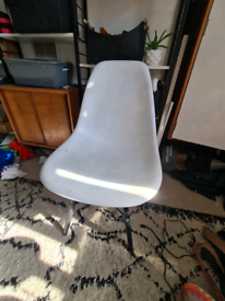 White Eames Style Plastic Dining Chairs X2 Wood Legs Eiffel Midcentury