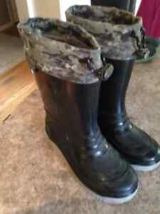 All season, Weather Spirits fully lined boots; youth size 2 Kitchener / Waterloo Kitchener Area image 1