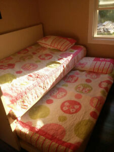 $250 Female Student Room *Only Girls House* Welland