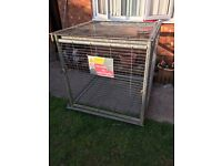 Metal cage / dog kennel