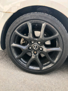 Mags Mazdaspeed3 2013  à vendre 5x114.3  18 pouces