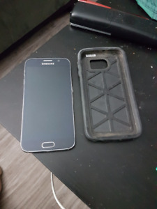 Galaxy s6 with otter box case mint shape