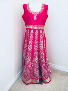 Indian/Pakistani Party/casual wear outfits (Lehengas)