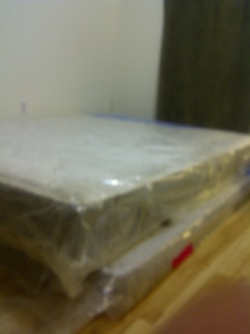 SIMMONS QUEEN MATTRESS & BOX SPRING-Still in packaging.