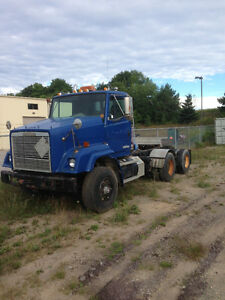 1992 Freightliner Tractor with Cummins N14 425hp