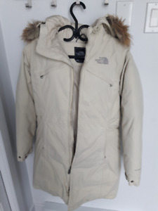 Manteau Northface HyVent taille small