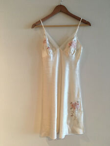 Brand new silk lingerie chemise/night gown size S