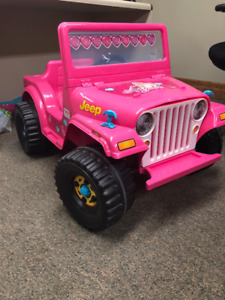 electric powered kids jeep car and charger