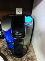 Keurig B70 Platinum Brewing System +Cup Carousel+ refillable cup