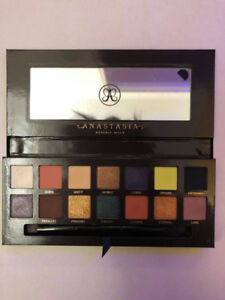 Anastasia Beverly Hills Prism Palette limited edition eyeshadow