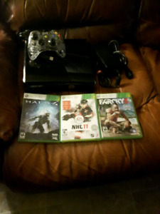 250GB XBOX360 SLIM AND GAMES