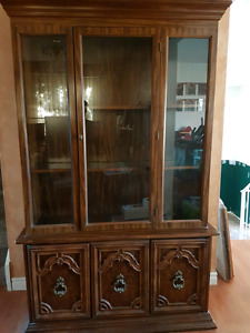 PRICE DROP ** 2 piece China Cabinet ! Excellent Condition !