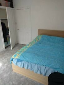 Double room available ASAP, stratford station