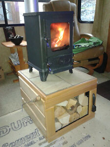 RV-Hobbit Wood Stove with Stand, Chimney, Accessories