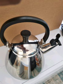 Le Creuset Kone Stove-Top Kettle with Whistle,