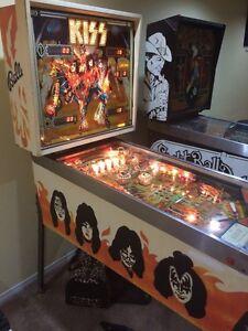 1979 Kiss Pinball Machine !