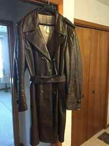 Leather coat, made by Victoria Leather. Size 44, knee length.