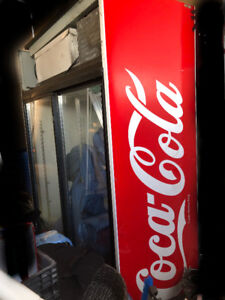 Used Commercial Coca Cola fridge. Messege for more info.