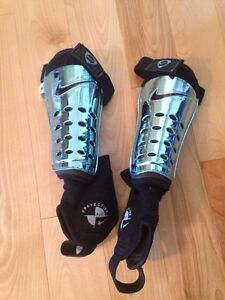 Soccer shin guards size small
