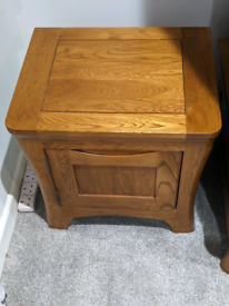 1 x bedside table