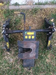 5th wheel hitch & rails great condition..