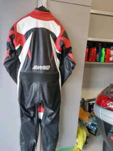 Rhyro  leather suit like new