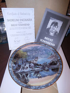 "Collector Wolf plate ""Shoreline Encounter"""