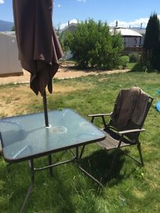 PATIO SET BARELY USED