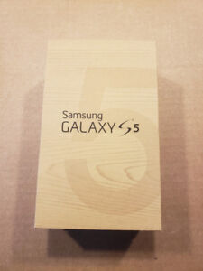 Samsung Galaxy s5 phone PLUS lots of extras for sale  Ottawa