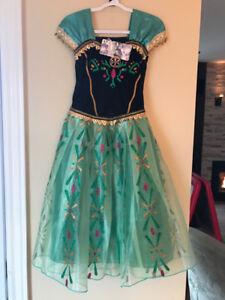 Robes de Frozen et autres princesses : Belle, Moana et autres...