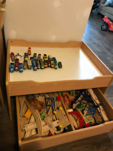 Thomas Wooden Trains and Play Table