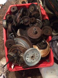 lawn mower pulleys( will sell as a job lot??)