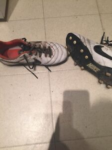Soccer cleats London Ontario image 1