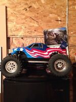 Nitro 4x4 1/8 scale trade for brushless rc