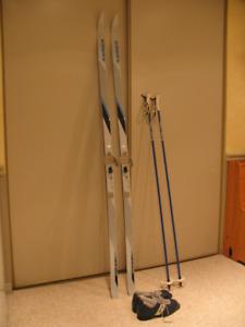 KARHU Cross Country 200cm, Poles 145 cm, Boots mens 10