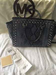 Authentic Michael Kors snake skin leather West Island Greater Montréal image 3