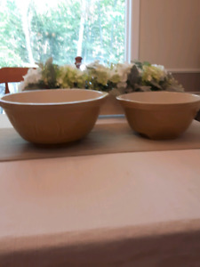 2  Good quality Ceramic mixing bowls.