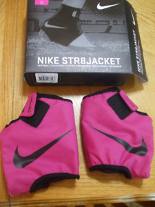 NIKE Straightjacket football cleat spat system