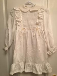 Vintage girls First Communion or fancy dress