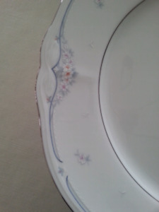 "Noritake China Dishes ""Sabetha Pattern"""