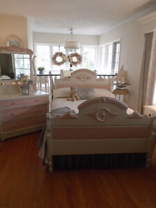 Pretty in Pink Antique Bedroom Set