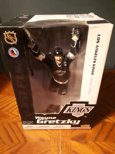 "Wayne gretzky 99 legends 12"" action figure Los Angeles  kings"