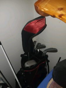 I tech right hand adult golf clubs