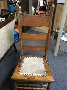 Antique kitchen chairs and plant stand Windsor Region Ontario image 1