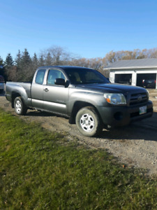 2010 Toyota Tacoma PRICE REDUCED